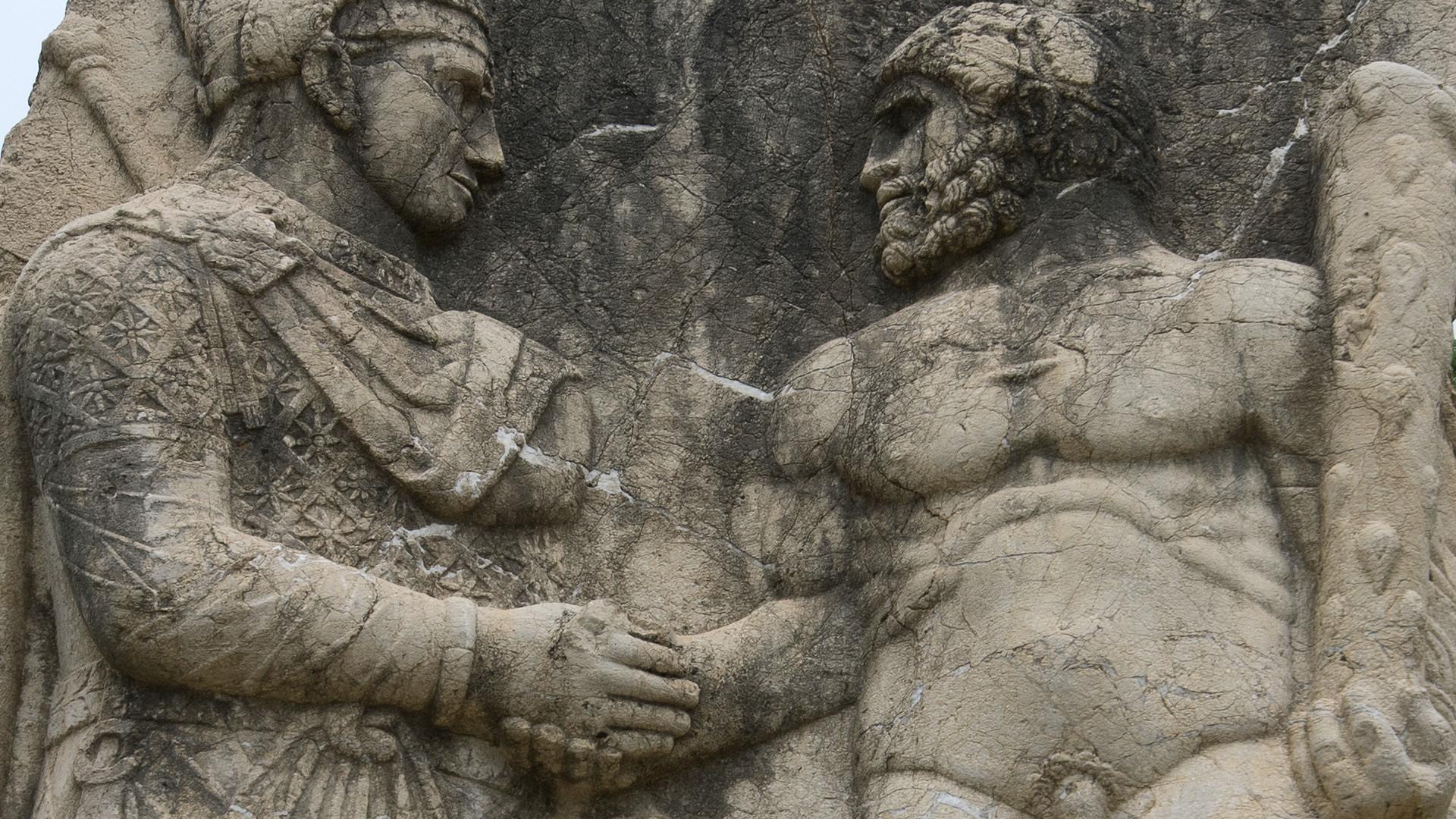 Luxembourg handshake and cheek kissing